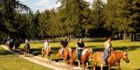 A San Genesio (Bolzano-Trentino Alto Adige) per una Vacanza-Benessere: Equitazione e Centro Benessere