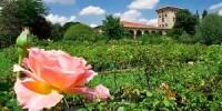Il Castello Quistini in provincia di Brescia apre le porte dei suoi giardini con le  Rose in Franciacorta