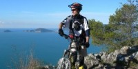 Vacanze in mountain bike in Liguria a Montemarcello: escursioni in mountain bike sul promontorio del Caprione