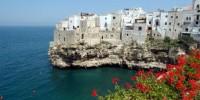 Guida vacanze Puglia: cosa vedere a Polignano a Mare e Conversano (Bari), e cosa vedere a Trani (Barletta)