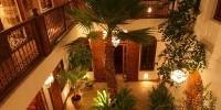 Vacanze benessere a Marrakech in Marocco al Riad Sable Chaud: massaggi in camera e piscina riscaldata