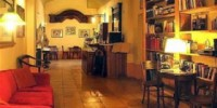 Viaggio a Firenze: l' Hotel Azzi-Locanda degli Artisti di Firenze nel centro storico - Alberghi Firenze