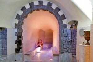 http://www.ioviaggiblog.it/wp-content/uploads/2012/02/lucca-terme-di-bagni-di-lucca-hotel-benessere-e1330372810977.jpg
