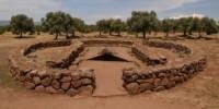 Viaggio in Sardegna al Pozzo di Santa Cristina nella zona archeologica di Paulilatino (Oristano)
