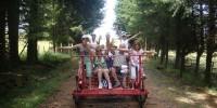 Vacanze con bambini-Alvernia (Francia): percorsi sulle vecchie ferrovie coi carrelli a pedali