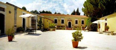 Sicilia vacanze a siracusa agriturismo con piscina e for Siracusa vacanze mare