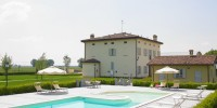 Emilia Romagna-Bologna: agriturismo con piscina La Budriola a Castello di Argile