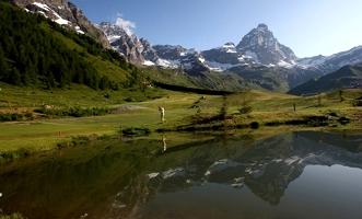 vacanze-estate-2009-in-valle-d-aosta-al-golf-club-del-cervino-offerte-viaggio-luglio-agosto-settembre-2009