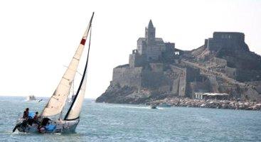 megaraduno-centro-velico-horca-myseria-2-4-ottobre-2009-a-portovenere-la-spezia-regata-in-barca-a-vela