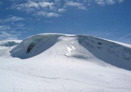 Vacanze in montagna sulla neve la pista di Ventina a Cervinia per chi ama la montagna e sciare
